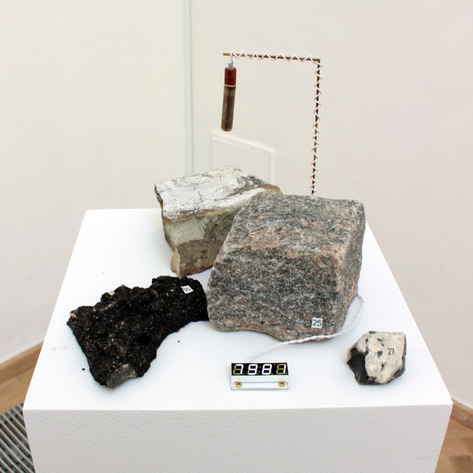 Rosemary lee jens lee mining the arbitrary kunsthal charlottenborg geiger counter
