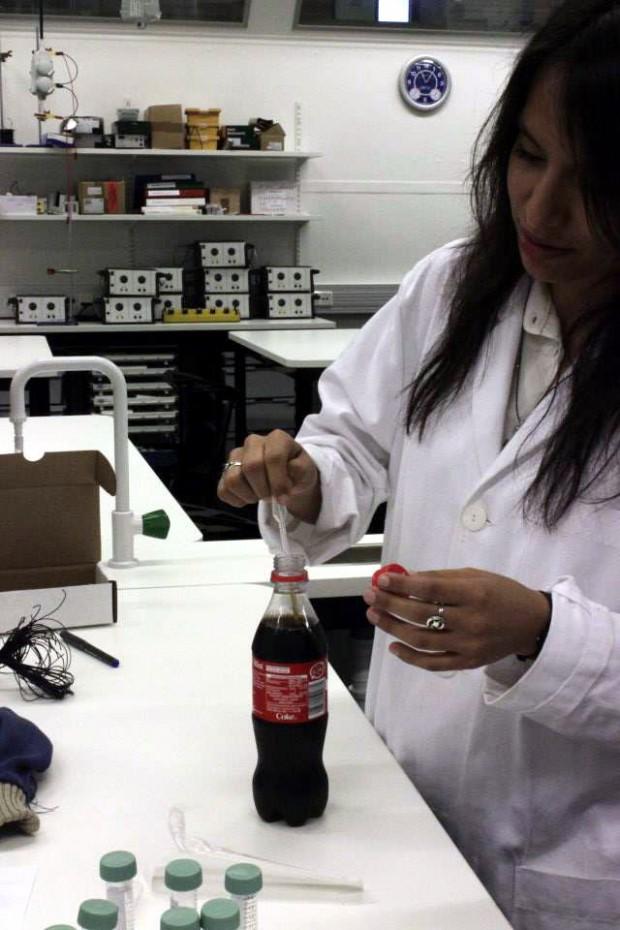 Molecular bio w 1 day3 fb cocacola 620x930